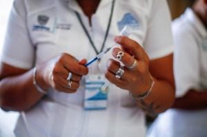 México vacuna a sus jóvenes, los más afectados por la tercera ola de covid-19