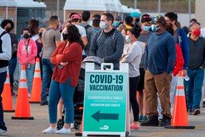 Florida bate su marca de casos por coronavirus 16 meses después del inicio de la pandemia