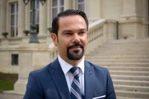 El embajador de Francia en Venezuela, Romain Nadal lamentó el fallecimiento del rector de la USB, Enrique Planchart