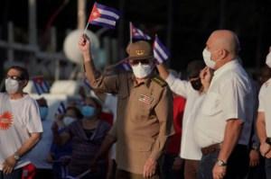 La dictadura cubana mantiene el bloqueo de internet pero sí habilitó la publicación en redes sociales de un acto con Raúl Castro