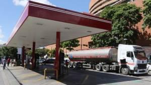 El fracaso del régimen en la regularización de suministro de combustible y el colapso de los servicios públicos