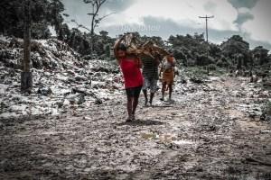 """""""La fiebre del hierro"""": Cambiar chatarra por comida, un fenómeno en auge en Tucupita"""
