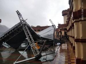 """Se les aguó la parranda: Estructura en el """"Cuartel de la Montaña"""" cedió por lluvias (FOTOS)"""