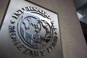 """FMI: Latinoamérica podría """"tardar muchos años"""" en superar el golpe económico provocado por el Covid-19"""