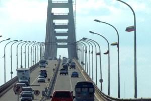 Dolor en Maracaibo: Su bebé murió frente a sus ojos mientras era extorsionada por un GNB en el puente sobre el lago