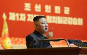 """Alto funcionario militar fue ejecutado por calificar de """"irrealista"""" una orden de Kim Jong-un"""