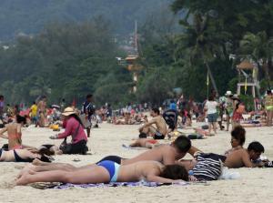 ¡Cuidando el ecosistema! Por esta razón Tailandia prohibió el uso de algunos protectores solares