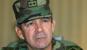 """Colombia imputará a Mario Montoya, exjefe del Ejército por """"falsos positivos"""""""