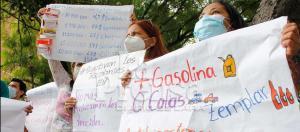 Pacientes renales de Lara luchan por sus vidas protestando en las calles