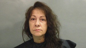 Detienen a una mujer en EEUU por conservar el cadáver de su madre y recibir su pensión