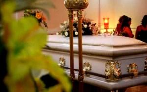 Entre 450 y 600 dólares cuesta un servicio funerario en Venezuela