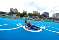 Su sonrisa lo dice todo: FOTAZA de la nadadora Paola Pérez sobre los aros olímpicos