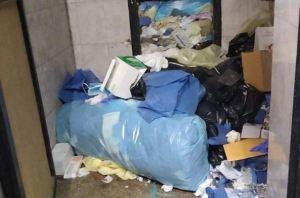 Denuncian que el Hospital Central de San Cristóbal está repleto de basura