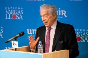 Vargas Llosa: El socialismo radical no es la solución para América