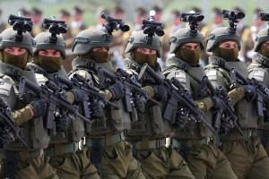 Al menos 26 detenidos en una protesta contra el desfile militar en Chile