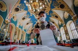 Oposición rusa denuncia fraude electoral y bloqueo en las redes sociales