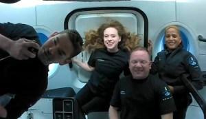El regreso de los cuatro turistas a la Tierra en una cápsula de SpaceX (VIDEO)