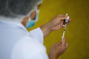 Cambios menstruales post-vacuna Covid-19: Lo que se conoce hasta ahora