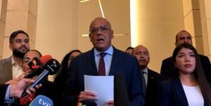 Delegación del chavismo ofrece declaraciones en ronda de negociación en México