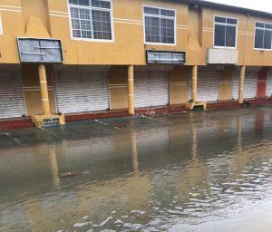 Fuertes lluvias ocasionaron severas inundaciones en Ciudad Ojeda (FOTOS)