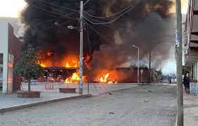 Un incendio seguido de varias explosiones en Bolivia deja al menos 14 personas heridas