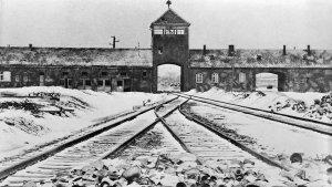 El levantamiento de Auschwitz: El día que los prisioneros quisieron escapar del infierno nazi
