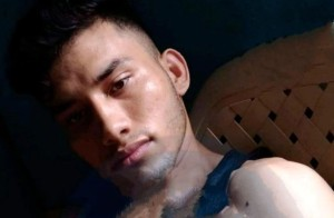 Fue linchado por sus vecinos tras asesinar a su madre en Colombia
