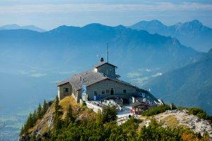El increíble Nido del Águila: Un lujoso refugio que los nazis le regalaron a Hitler y ahora es un restaurante