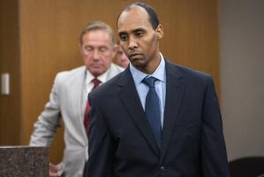Un ex policía de Minneapolis recibe casi cinco años de cárcel por asesinar a una persona que llamó al 911