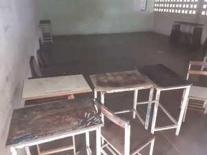 Escuelas indígenas de Amazonas sin pupitres, maestros, ni servicios básicos para el regreso a clases