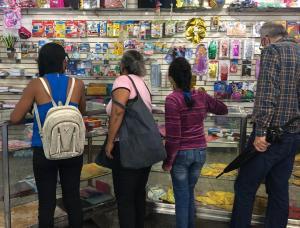 Entre 60 y 120 dólares se necesitan para comprar útiles y uniformes escolares en Guárico