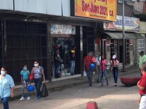 Comercios bajan santamarías tras incremento de 2000% en tarifas de luz y agua en Guárico