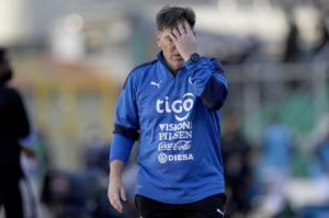 Paraguay destituyó al DT argentino Eduardo Berizzo tras goleada ante Bolivia