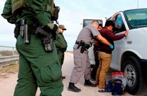 HRW denuncia más de 160 casos de mala conducta y abuso a migrantes en EEUU