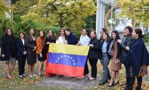 Líderes venezolanas buscan ampliar los espacios de participación de las féminas
